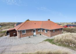 Strandnahes Ferienhaus mit Whirlpool und Sauna. Kat. nr.:  J6485, Mågedalen 87;
