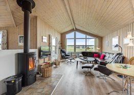 Strandnahes Ferienhaus mit toller Aussicht auf die Heide (Bild 3)