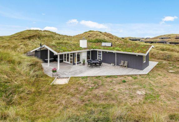 Charmantes Sommerhaus in Houvig mit nur 500 Meter Strandentfernung