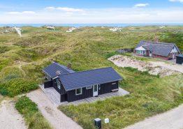 Gemütliches Ferienhaus mitten in den Dünen, 300 m bis zum Strand. Kat. nr.: J6608, Regnspovedalen 58;