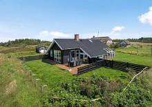 Skønt feriehus med gode terrasser og rolige omgivelser. Kat. nr.:  K0111, Lærkealle 1;