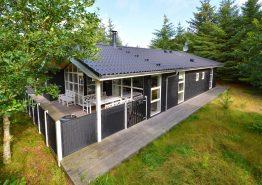 Qualitätshaus mit toller Einrichtung und Terrasse. Kat. nr.:  K6025, Brunbjergvej 63;