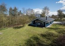 Skønt ikke-ryger hus med sauna og spa i fredfyldte omgivelser. Kat. nr.:  K6180, Risbjergvej 11;