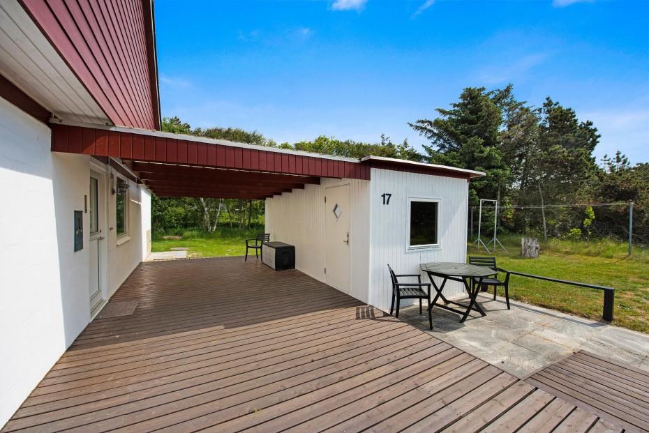 sch nes nichtraucherhaus in ruhiger umgebung mit whirlpool und wintergarten esmark. Black Bedroom Furniture Sets. Home Design Ideas