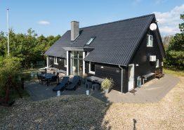 Feriehus med spa, sauna og god plads til hele familien. Kat. nr.:  K6388, Tranebærvej 12;