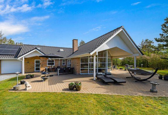 Tolles 8-Personen-Ferienhaus mit Whirlpool und Sauna