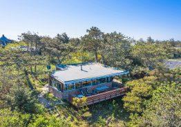 Sommerhus til 4 personer med flot beliggenhed midt i naturen. Kat. nr.:  L6778, Hagevej 154;
