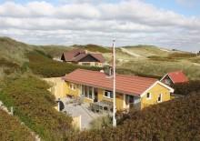 Schönes Ferienhaus mit Terrasse nur 25 M. vom Strand