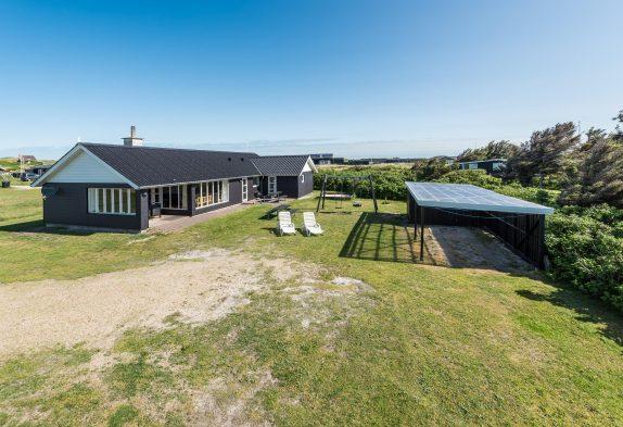 Flot feriehus til 10 personer ved Søndervig