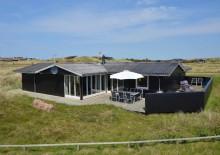 Godt 8-personers feriehus ved Vesterhavet. Kat. nr.:  i0156, Nordlysvej 13;