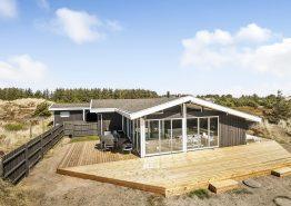 Ferienhaus mit tollem Garten, Wintergarten und Internet