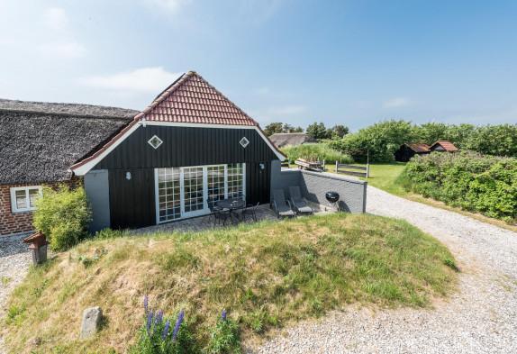 Ferielejlighed på flot klitgård i Søndervig