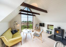 Charmantes Ferienhaus mit schönen Terrassen (Bild 3)