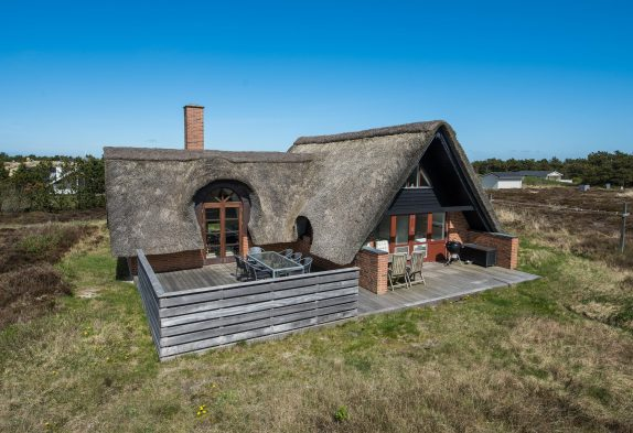 Charmerende feriehus med skønne terrasser