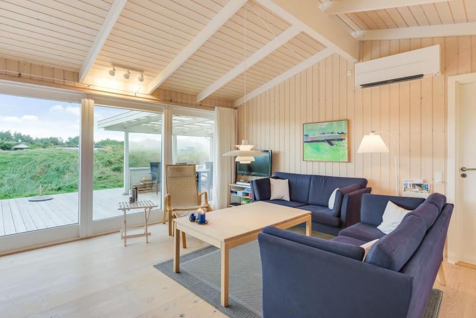 Gemutliches Ferienhaus Mit Kamin Und Schoner Terrasse Esmark