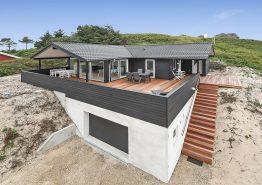 Schönes Ferienhaus in Nähe zum Meer in Søndervig mit Sauna (Bild 1)