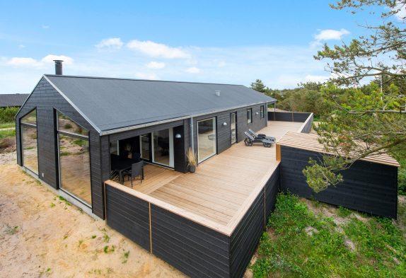 Luxuriöses Ferienhaus mit Sauna und geschlossener Terrasse