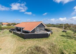 Dejligt feriehus med spa og sauna, tæt på hav og fjord, hund tilladt. Kat. nr.:  i6717, P Snejkers vej 49