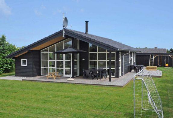 Super Ferienhaus aus 2012 mit großer Terrasse