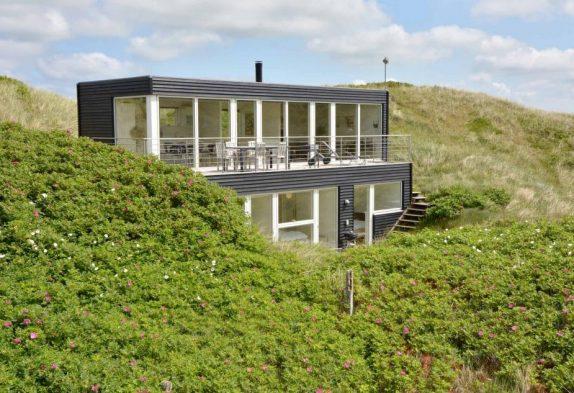 Kvalitetshus med sauna og spa, hund tilladt og udsigt til klitter