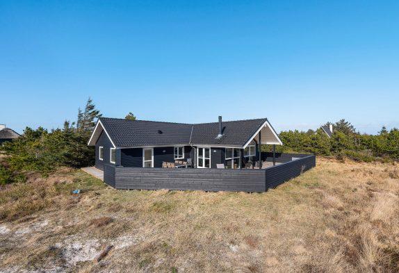 Ferienhaus in Søndervig mit Whirlpool, Sauna und Tischfußball