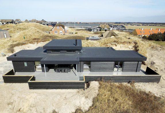 Architektenhaus mit Whirlpool und Sauna in Søndervig