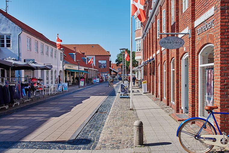 Einkaufsstrasse in der Altstadt von Ringkøbing