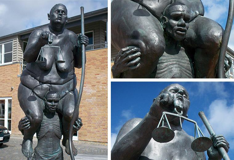 Den fede dame-Skulptur in Ringkøbing